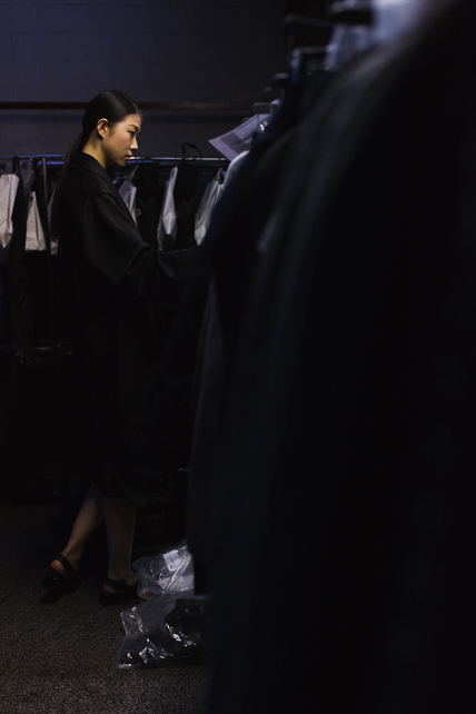 model-browsing-clothes.jpg