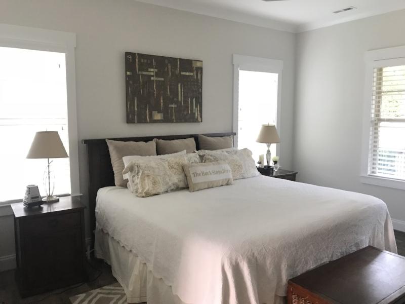 THIRTY-EIGHT BELOW - 30 x 40 - Master Bedroom