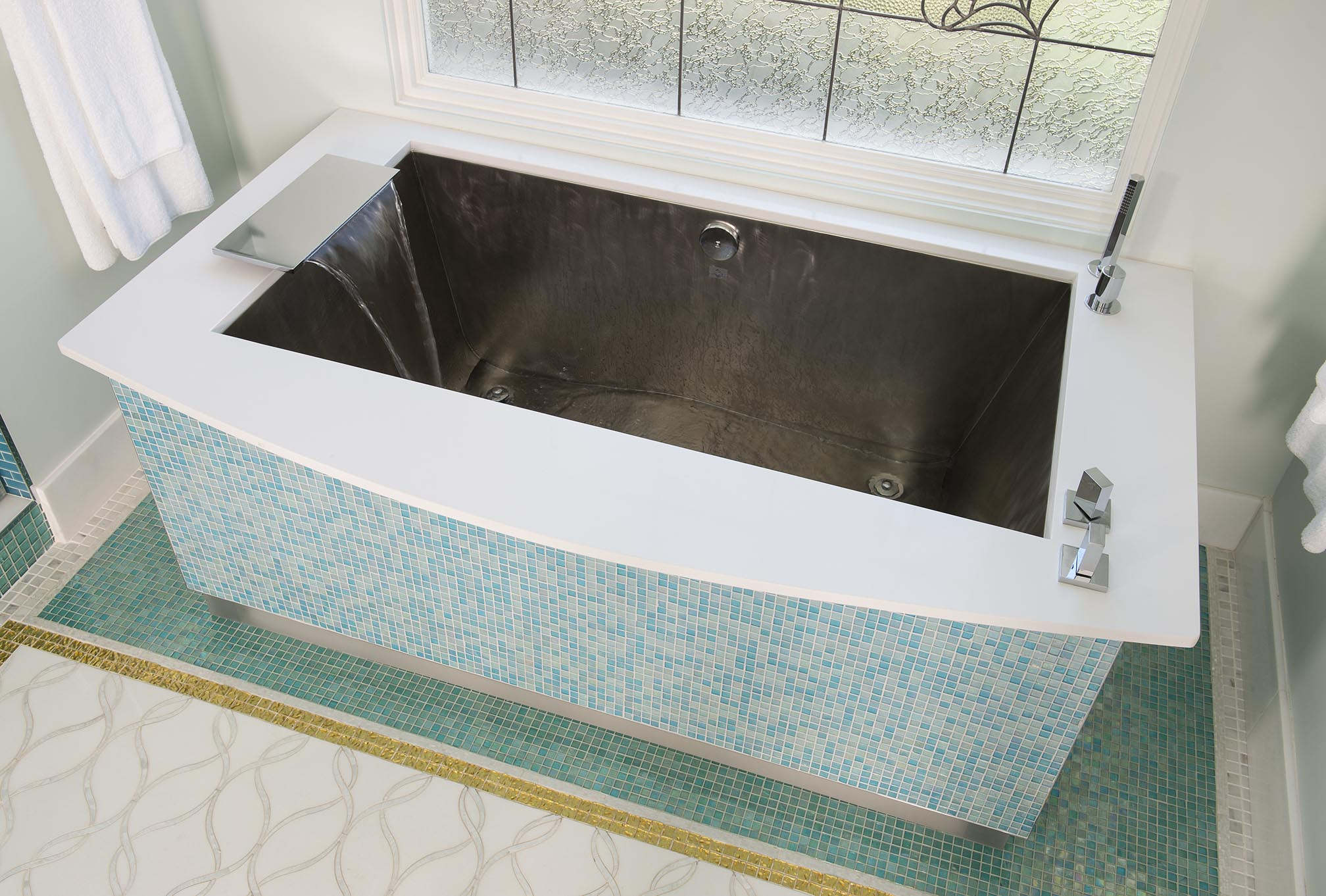 Custom Tub with Acrylic Base with LED Lighting