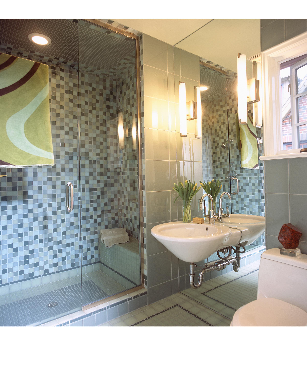 Highland Park Tudor Guest Bath Room