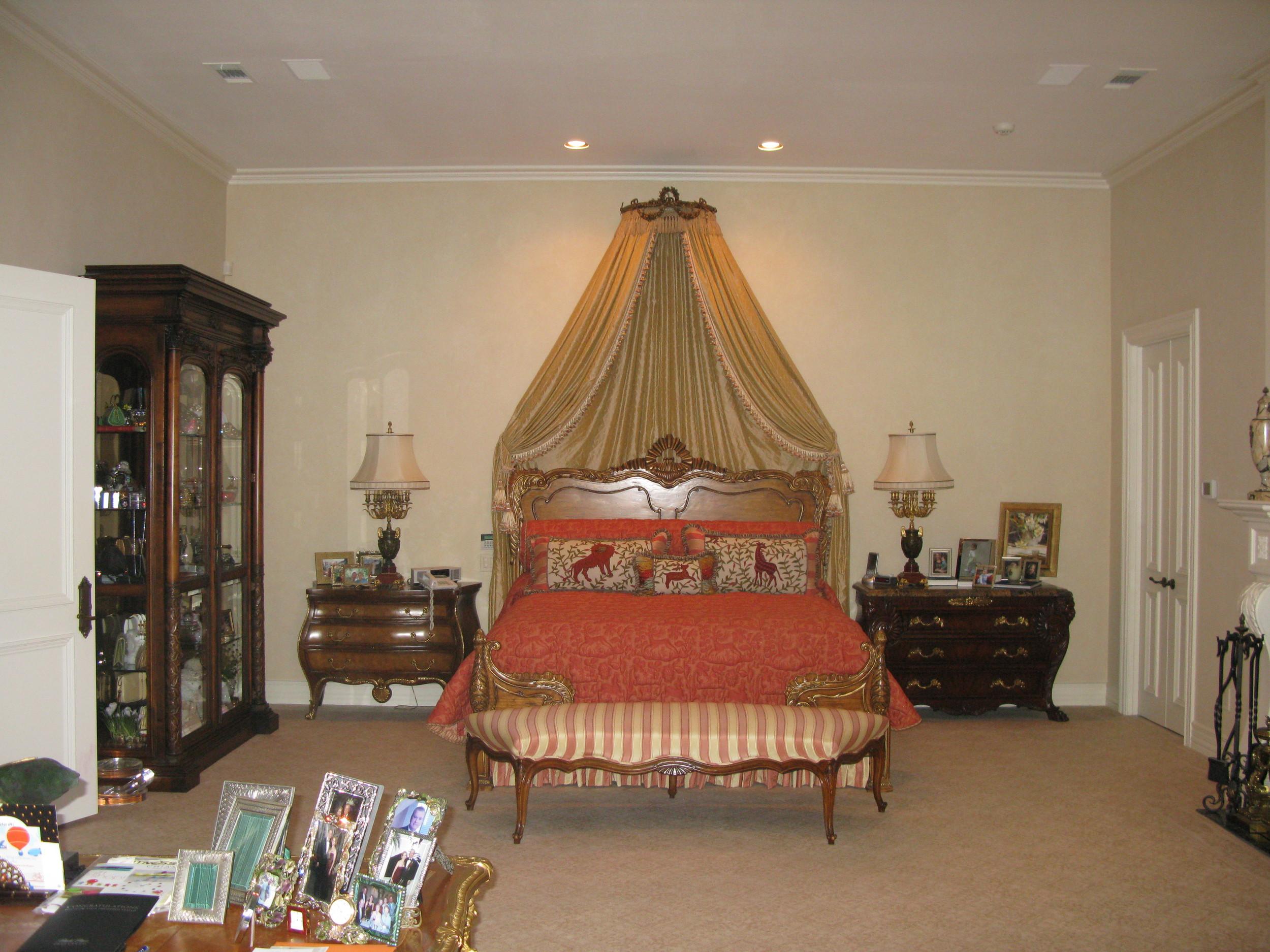 Strait Lane Estates Master Bed Before