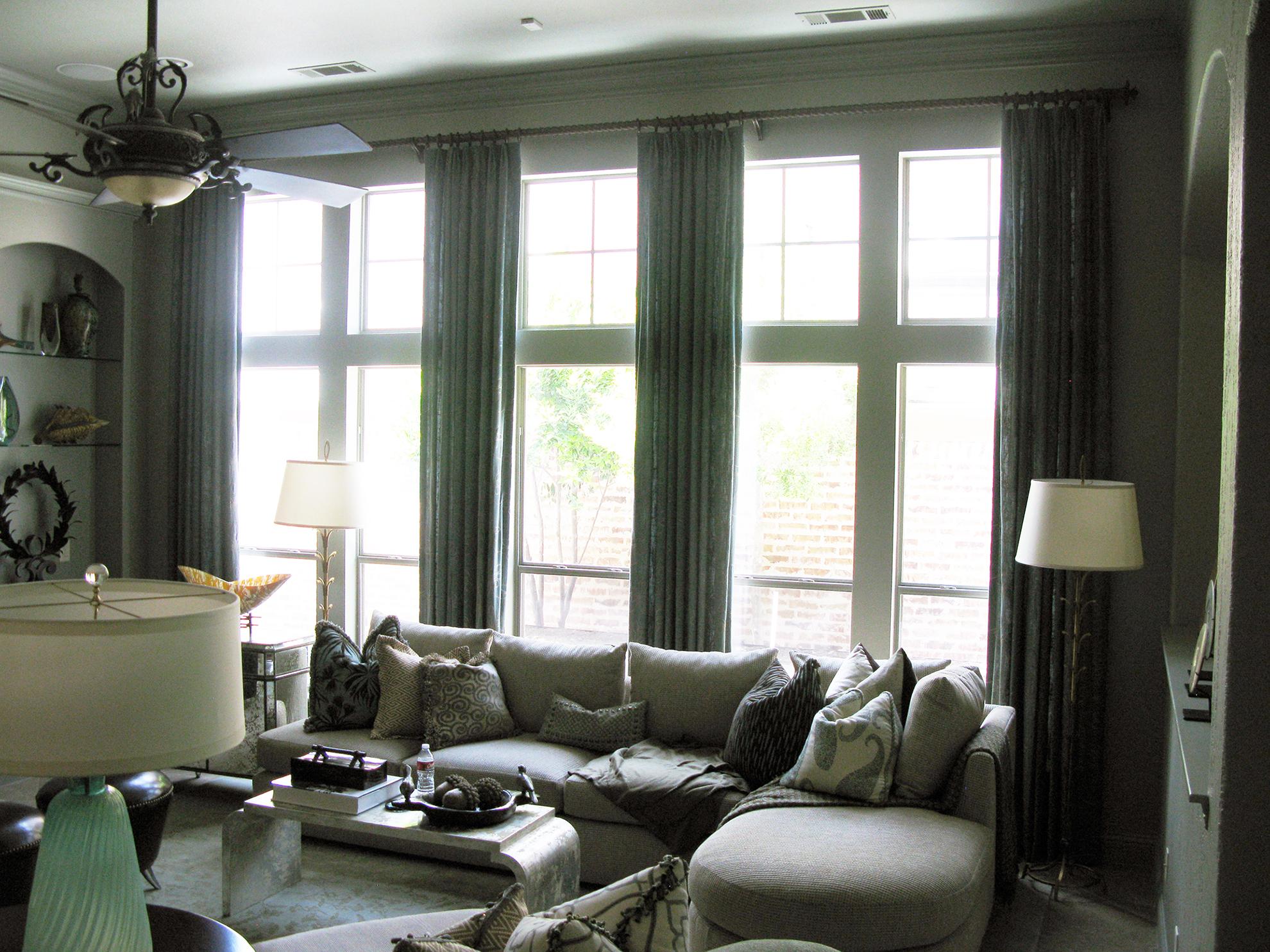 Frisco Living Room Before