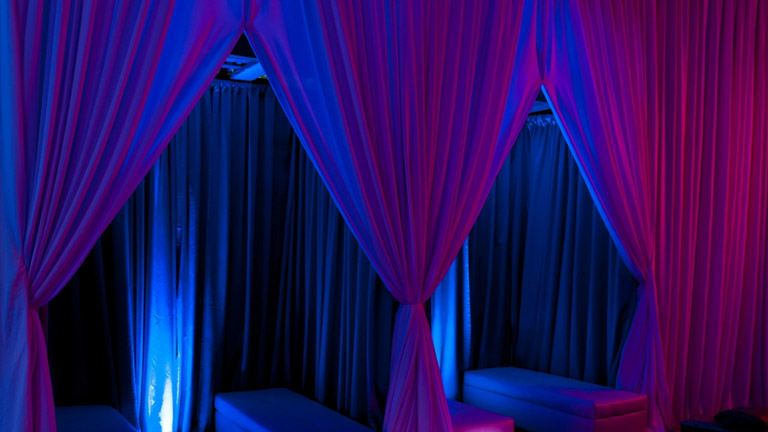 ueeopenhousedrape_lighting.jpg