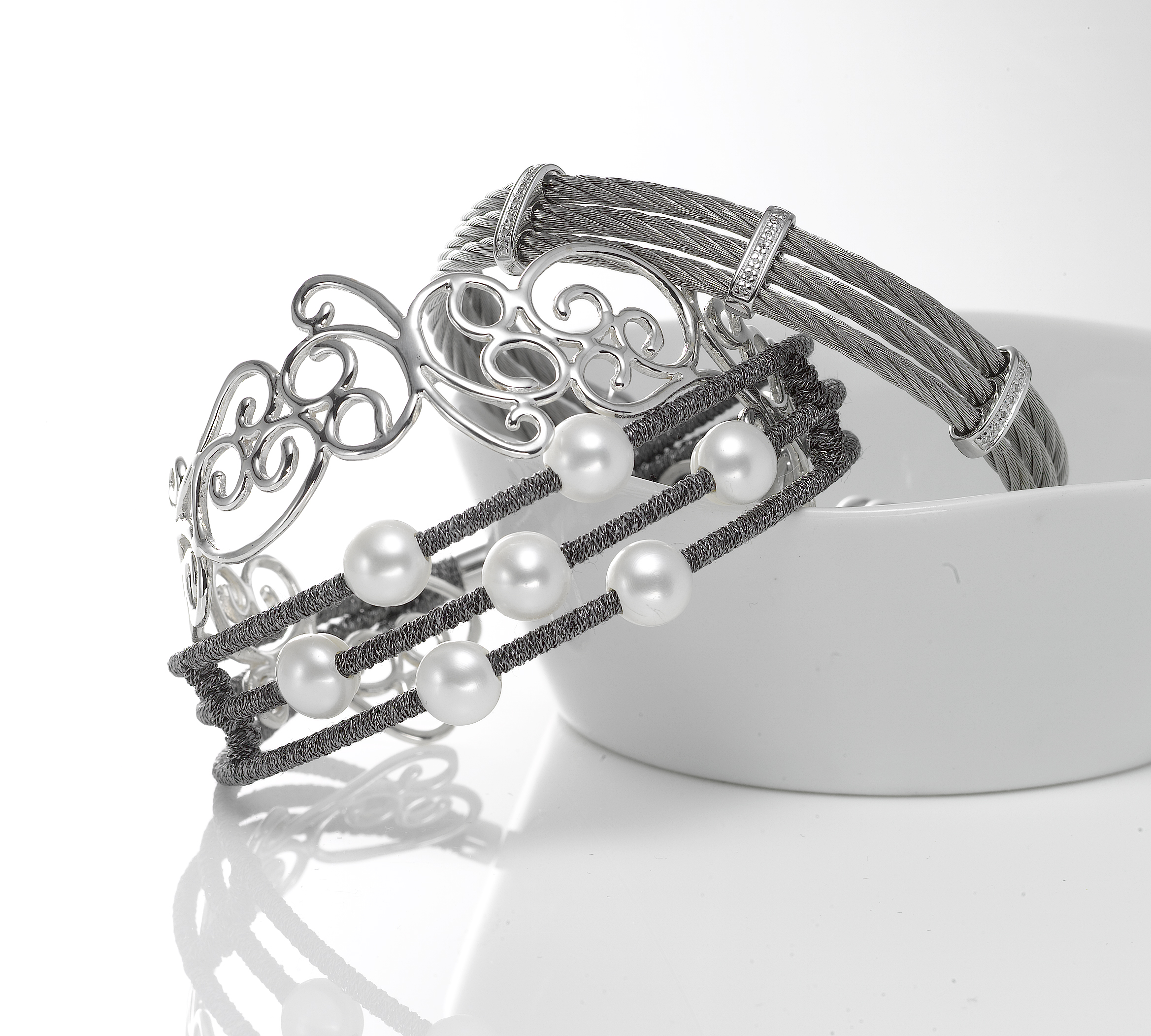 Bracelet_cuffs.jpg
