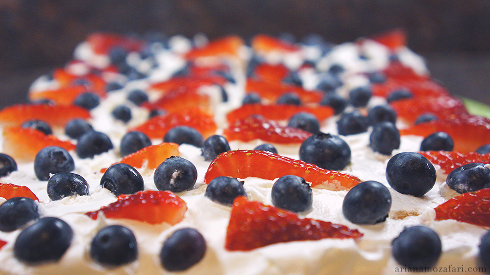 Cool Whip Berry Cake