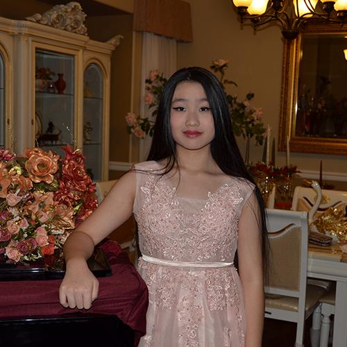 Julie Wu - Piano