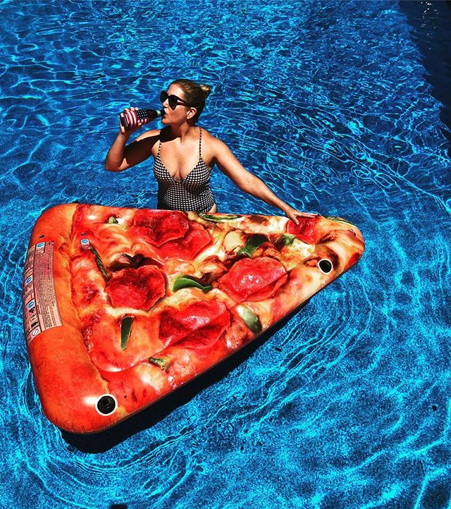 My dream pool float is actually a grilled cheese but I will settle for this. TGIF 🇺🇸🍕 #itsnotdeliveryitsdigiorno #averagemichiganportions