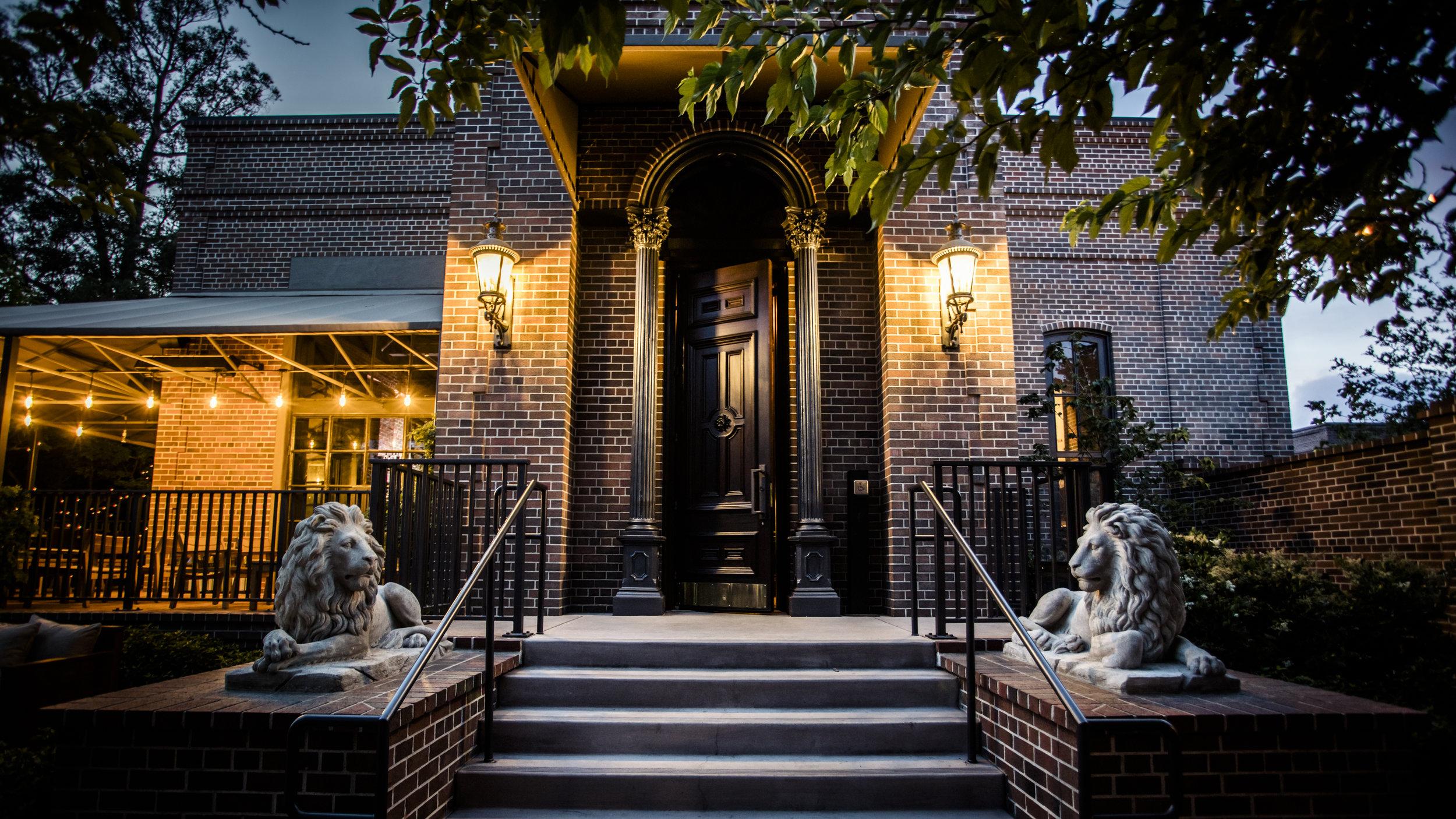 Entrance night.jpg