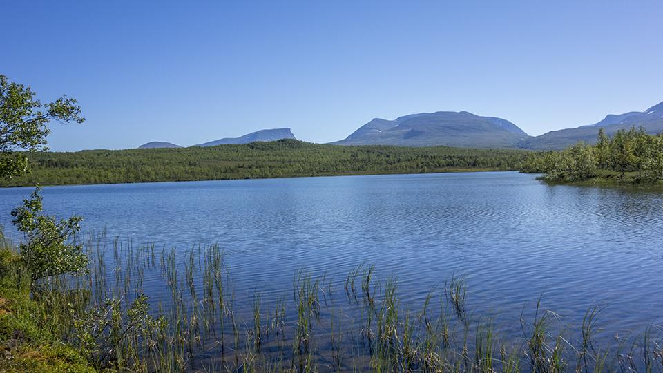 Laddujärvi and the Lapporten Gate
