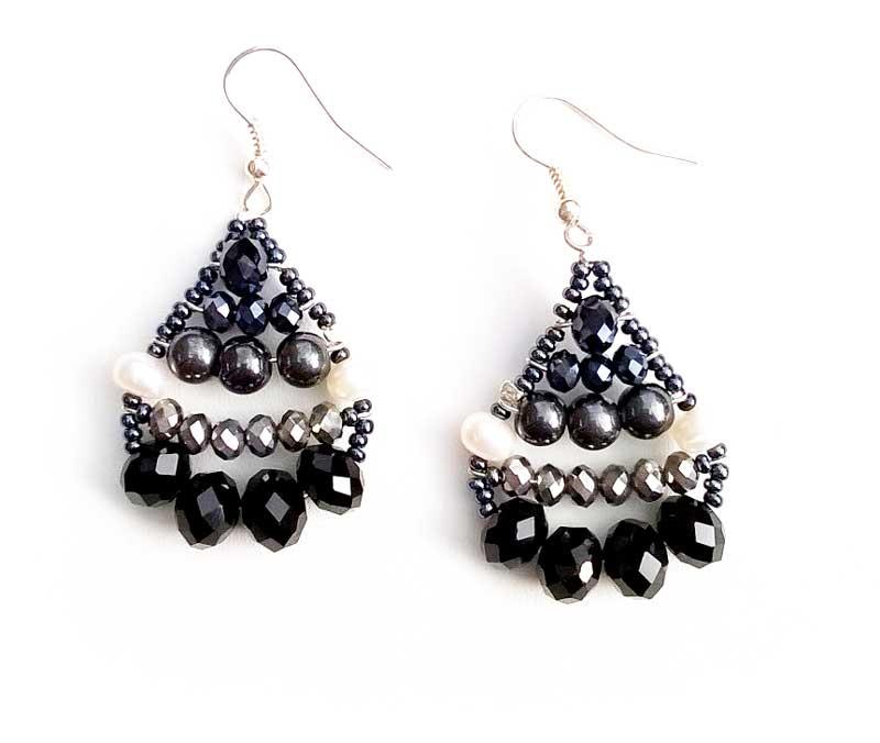 Little Mermaid Hematite & Pearl - earrings