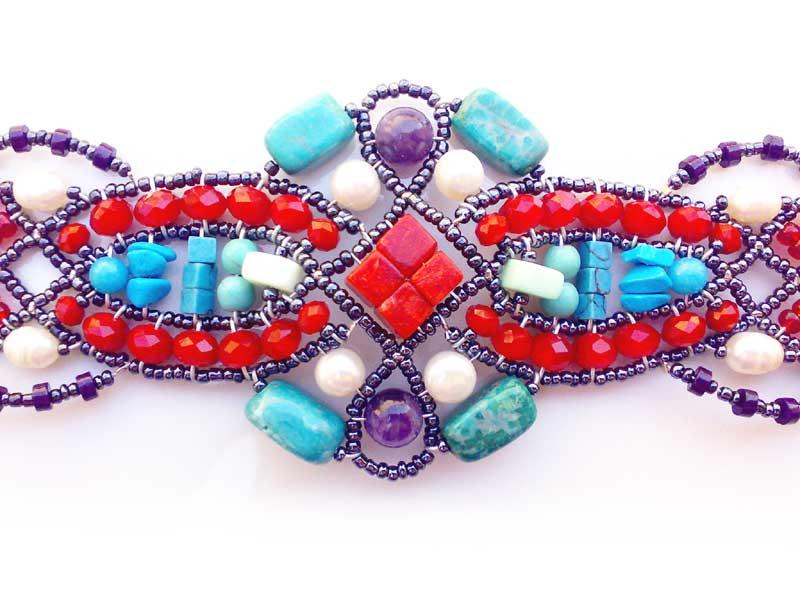 Black Sand Coral - bracelet