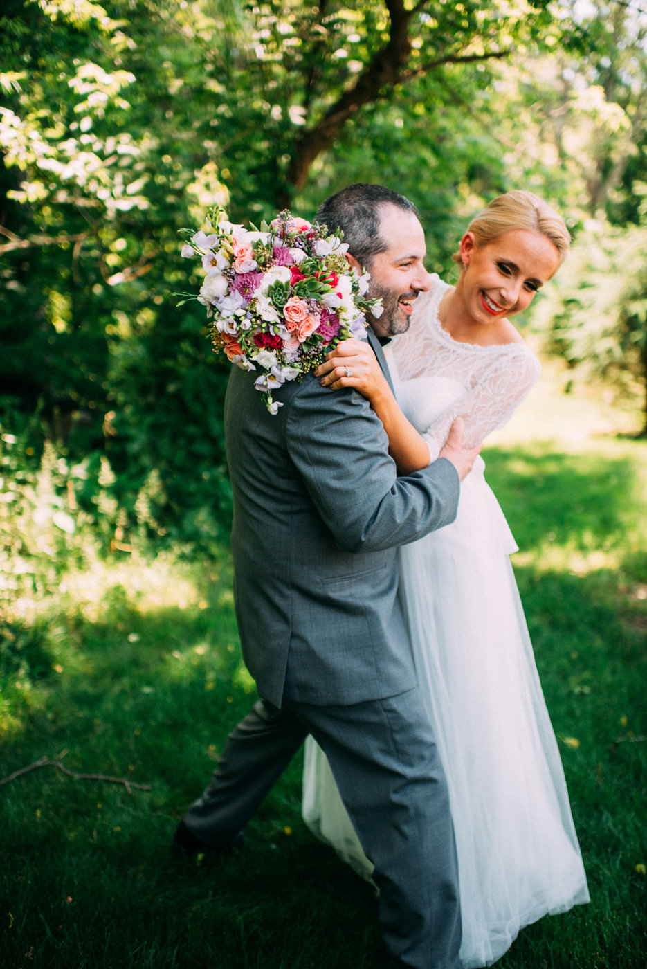 A VINTAGE BARN WEDDING IN New Jersey -