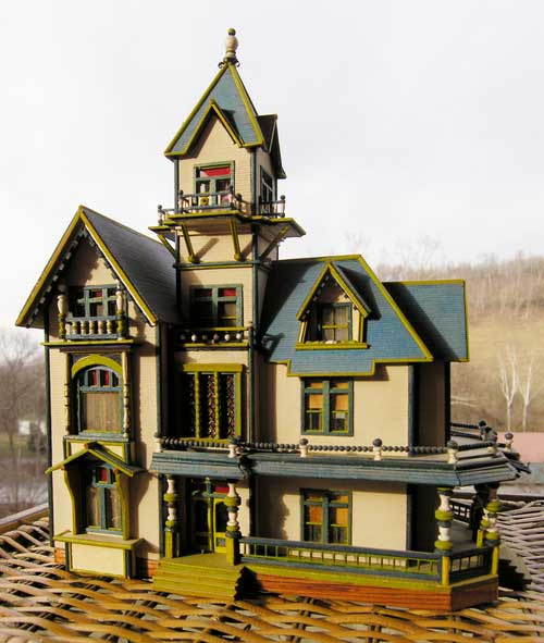 Janes Carson Mansion HO Scale Model