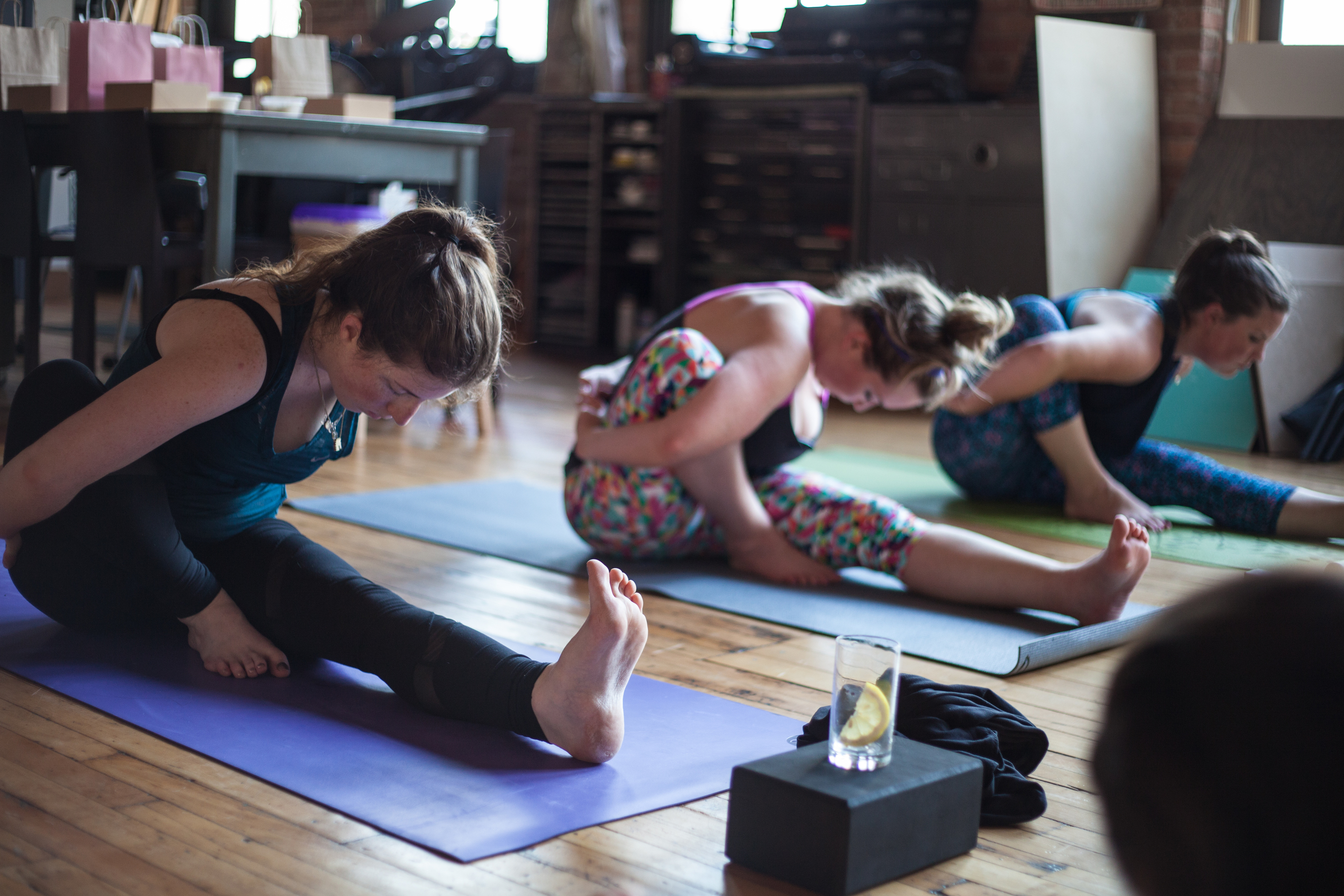 Yoga+_caketacular-cupcake-decorating-at-nourishing-notes-21.jpg