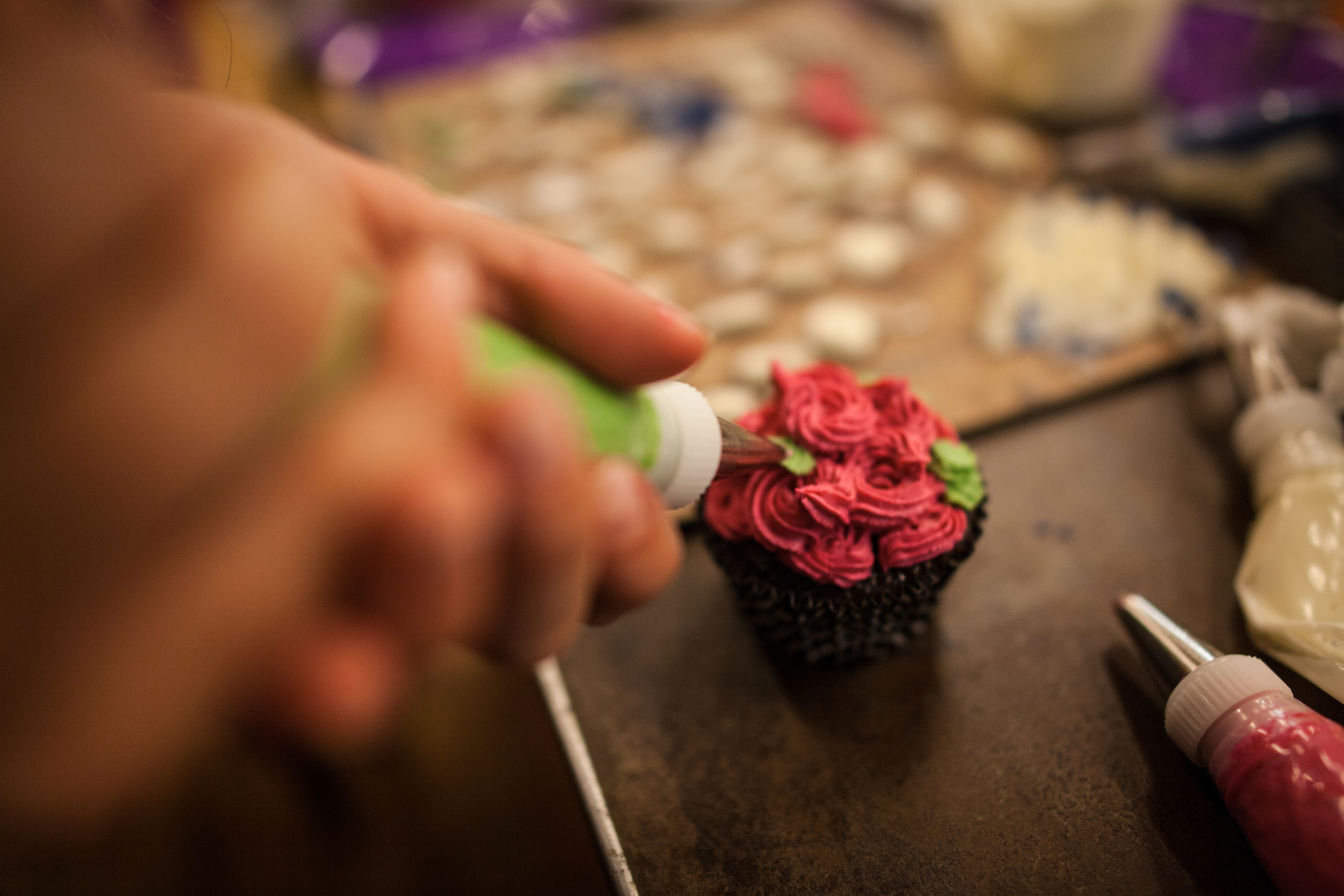 Yoga+_caketacular-cupcake-decorating-at-nourishing-notes-46.jpg