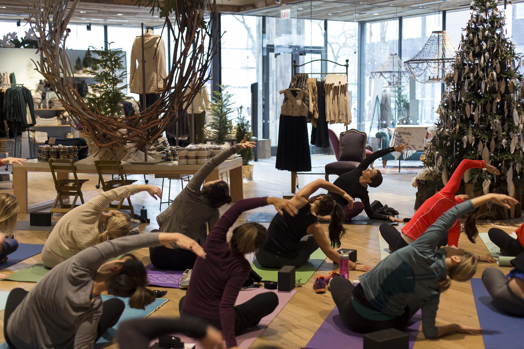 yoga-plus-anthropologie-seasonal-styling-workshop-339.jpg