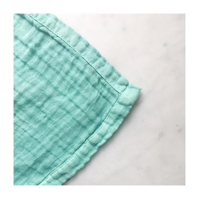 Hey friends! Finally got a chance to make a batch of seamed baby blankets. So you choose between a traditional seam and a frayed edge with a single seam. Both are machine washable and colorfast. Also free domestic US shipping on all items!