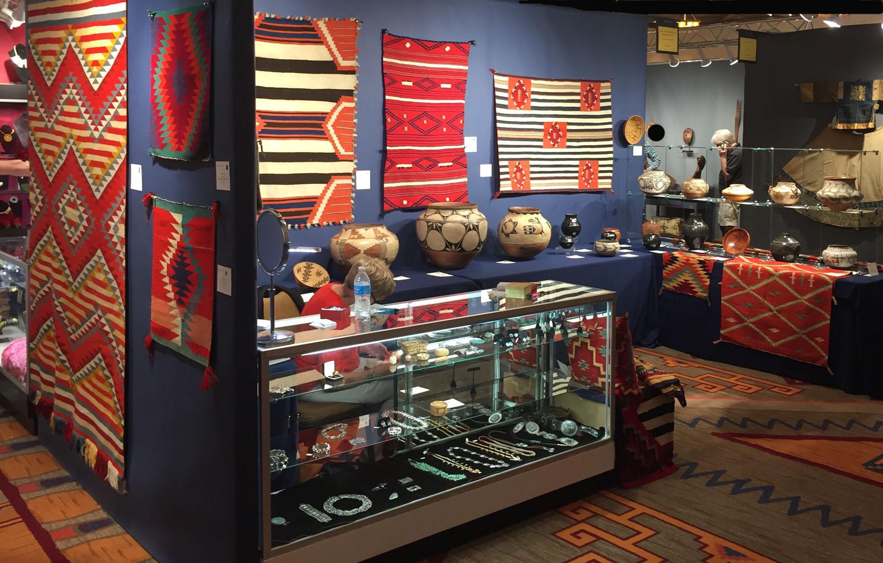 Santa Fe 18 booth.sideview.ed2.jpg