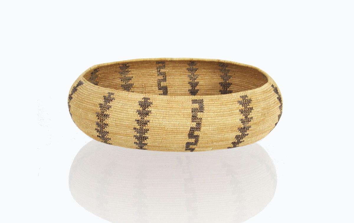 Mono boat-shaped basket   http://www.marcyburns.com/baskets-collection/monache-western-mono-boat-shaped-basket
