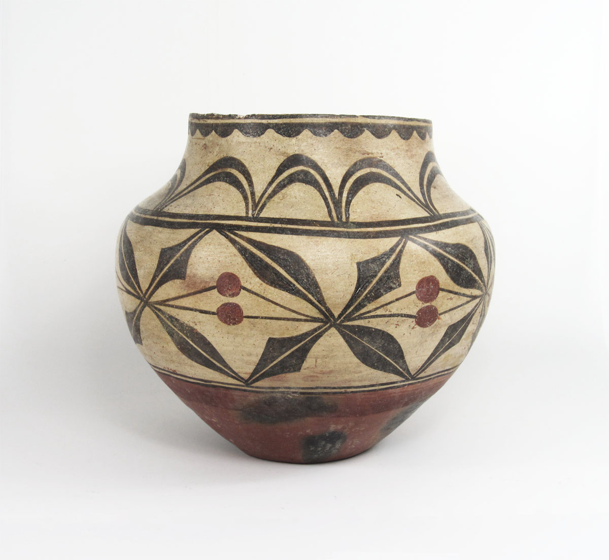 Zia berry and leaf jar, circa 1890-1910   http://www.marcyburns.com/pottery-collection/zia-polychrome-holly-berry-jar