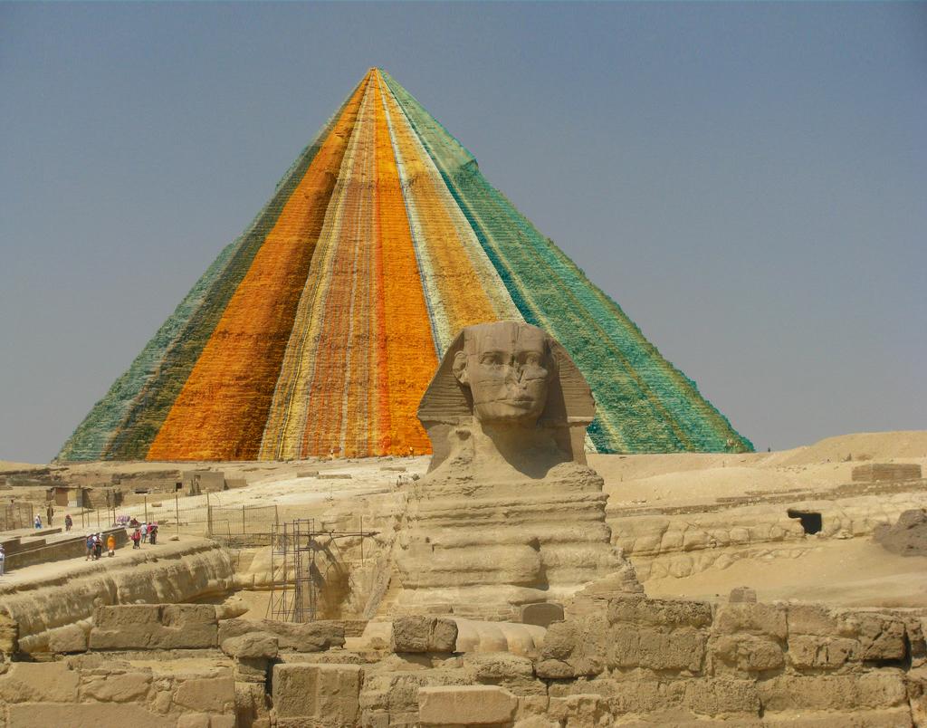 Van Gogh Ego Pyramid