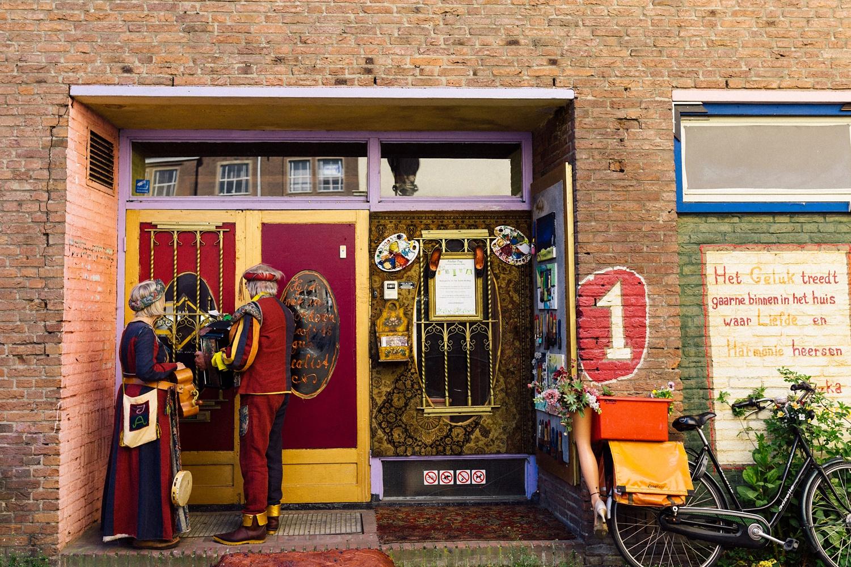 Pure Bruidsfotografie Deventer - Vintage bruiloft aan de IJssel - Jeroen en Hannah_0030.jpg