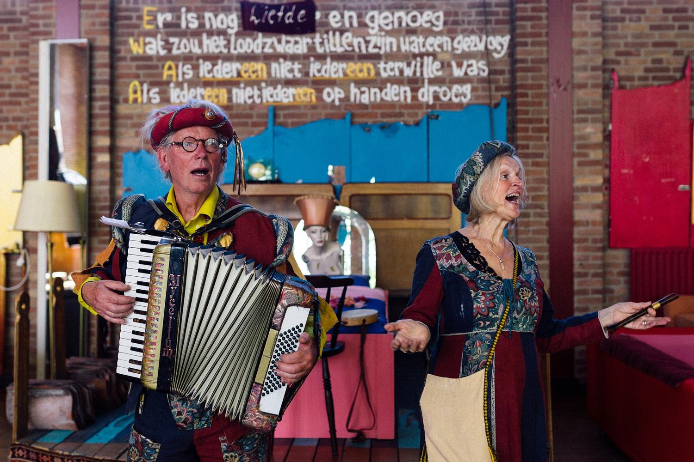 Pure Bruidsfotografie Deventer - Vintage bruiloft aan de IJssel - Jeroen en Hannah_0032.jpg
