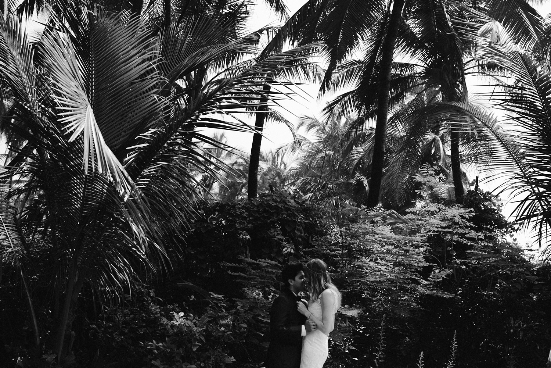 Destination wedding photographer Mumbai_0049.jpg