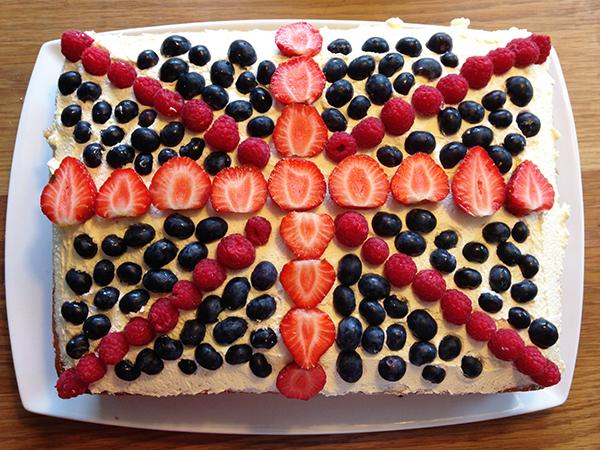 cake 2.jpg