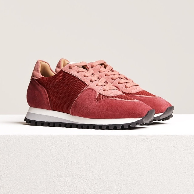 CLOSED Brand Red Runners