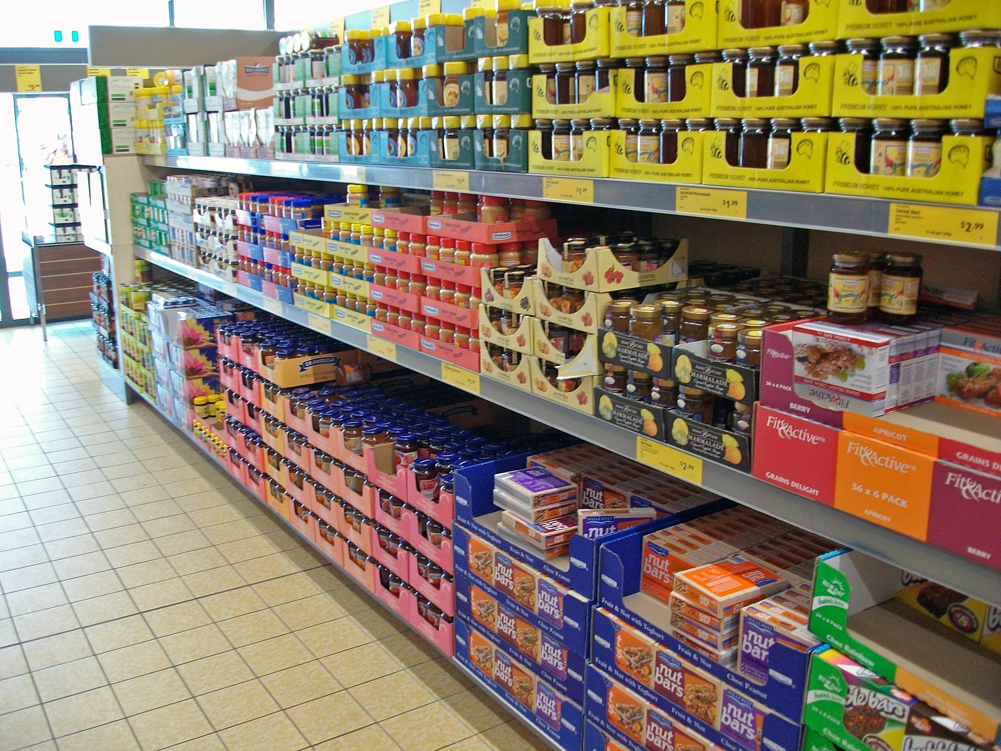 Shelving_in_an_Aldi_store_in_Australia.jpg