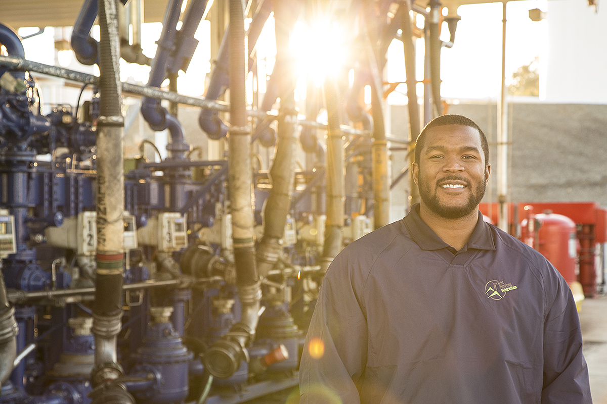 Portrait of an employee of an oil distribution company for their Annual Report.