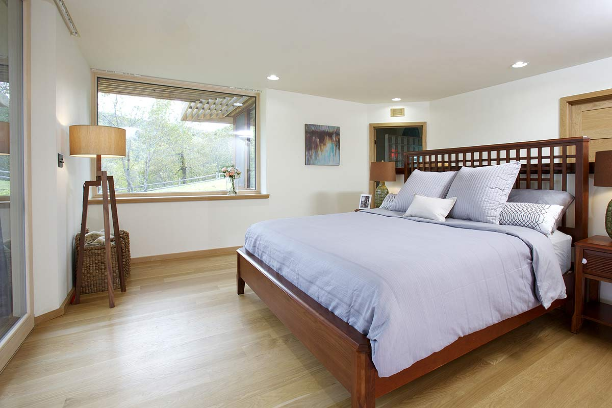 Bedroom photograph of a Leed certified house in Virginia.