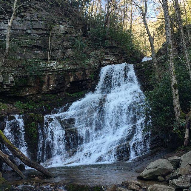 Margarette Falls 😍 Greeneville, TN #gemgirlgoes #gemgirlhikes #waterfallhike #EastTennessee #waterfalltrail