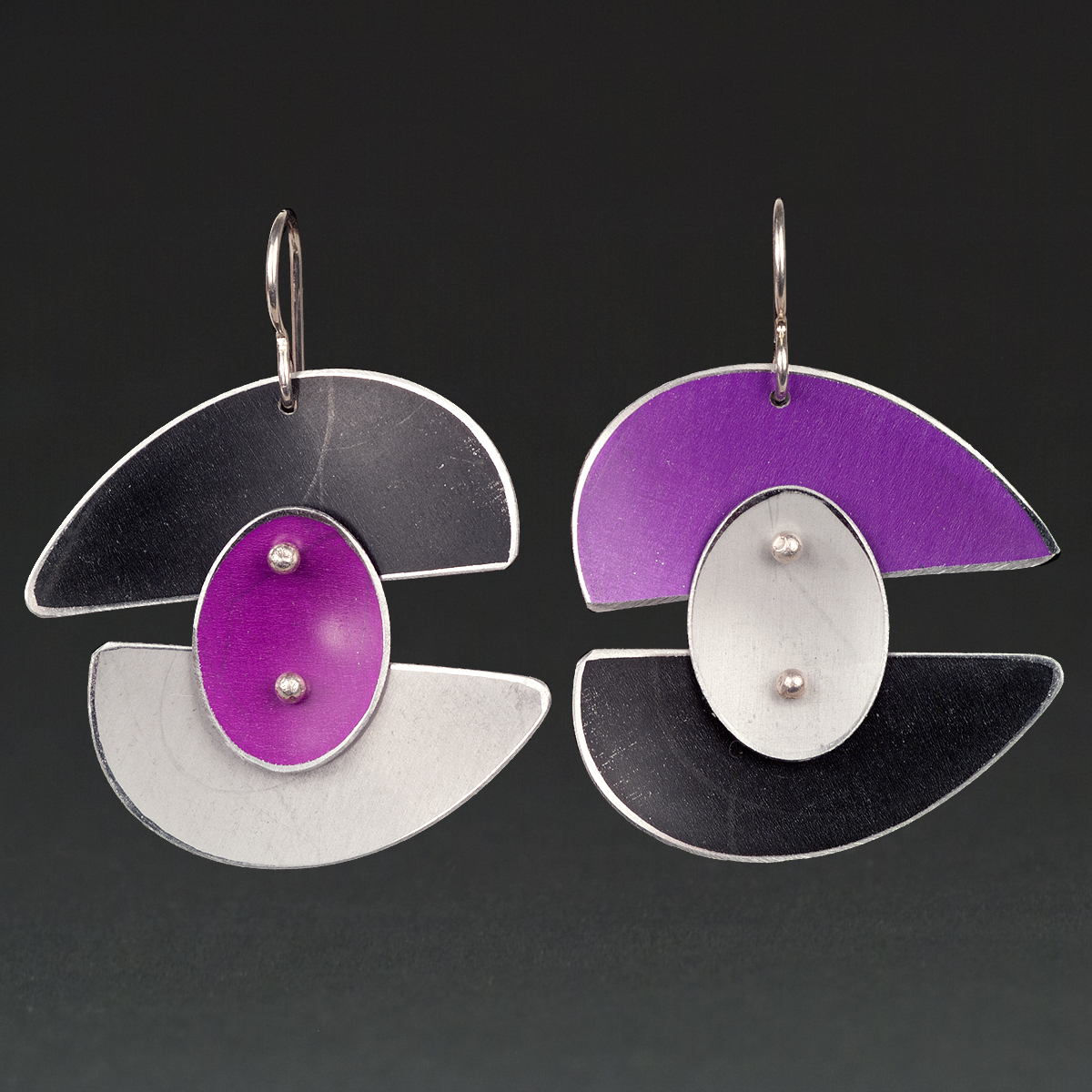 B - Black, Violet, Silver