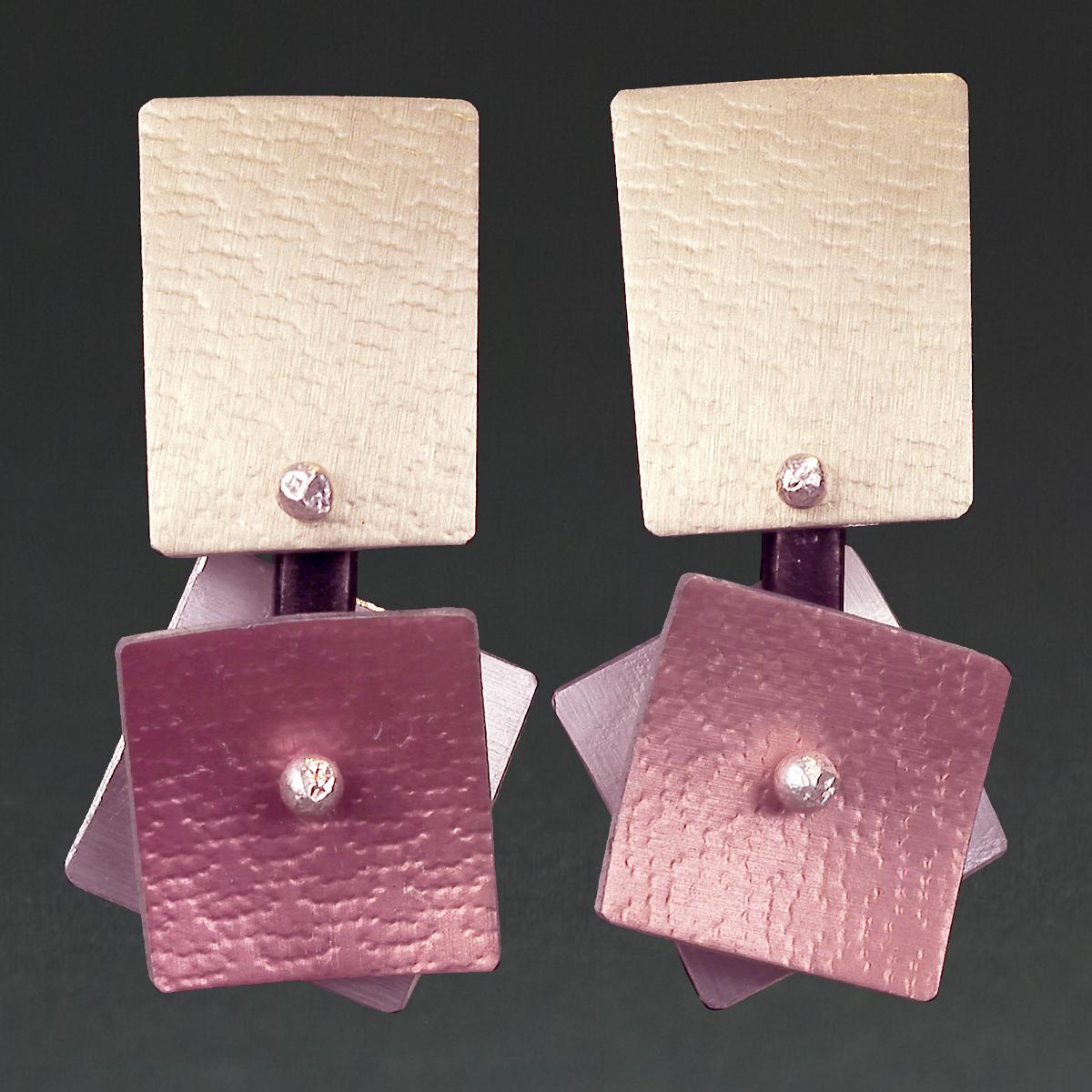 B - Chablis, Silver, Pink