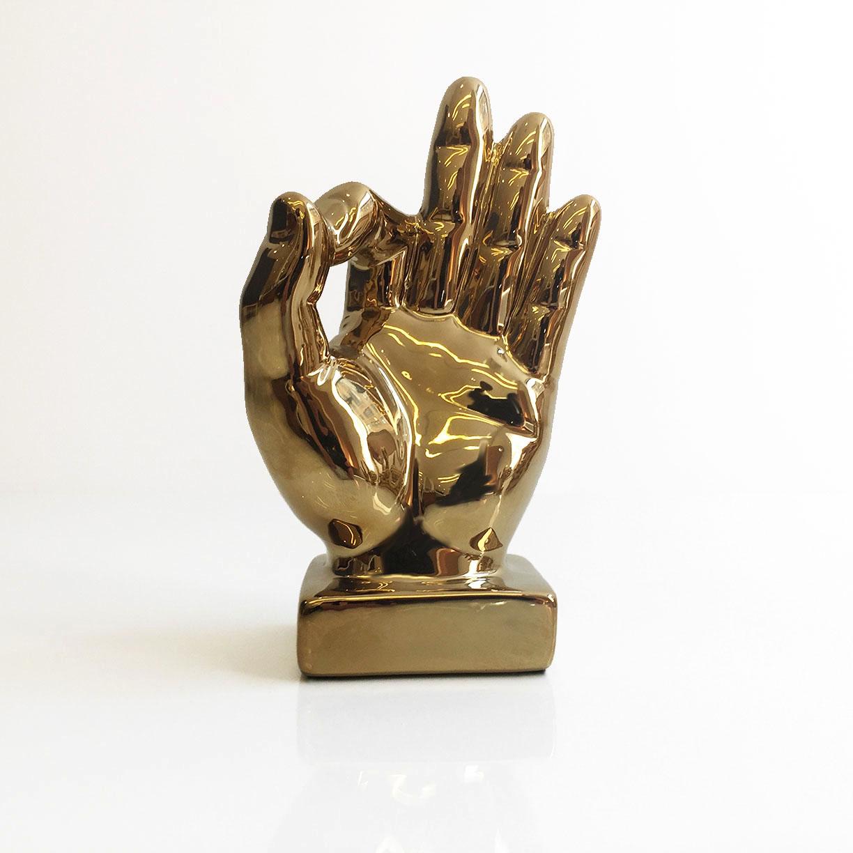 GOLD HANDS 3.jpg