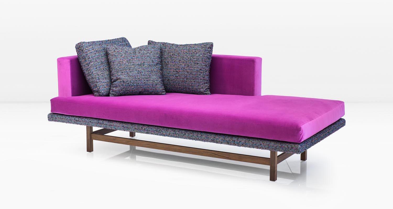 aragon chaise fuchsia 388.jpg