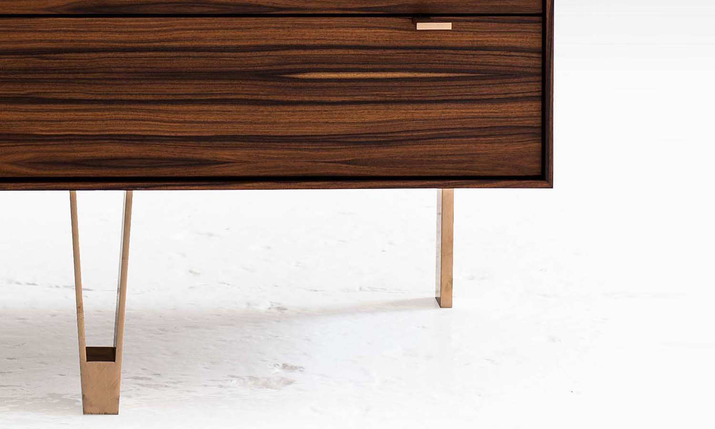 saxton cabinet M 03 det.jpg