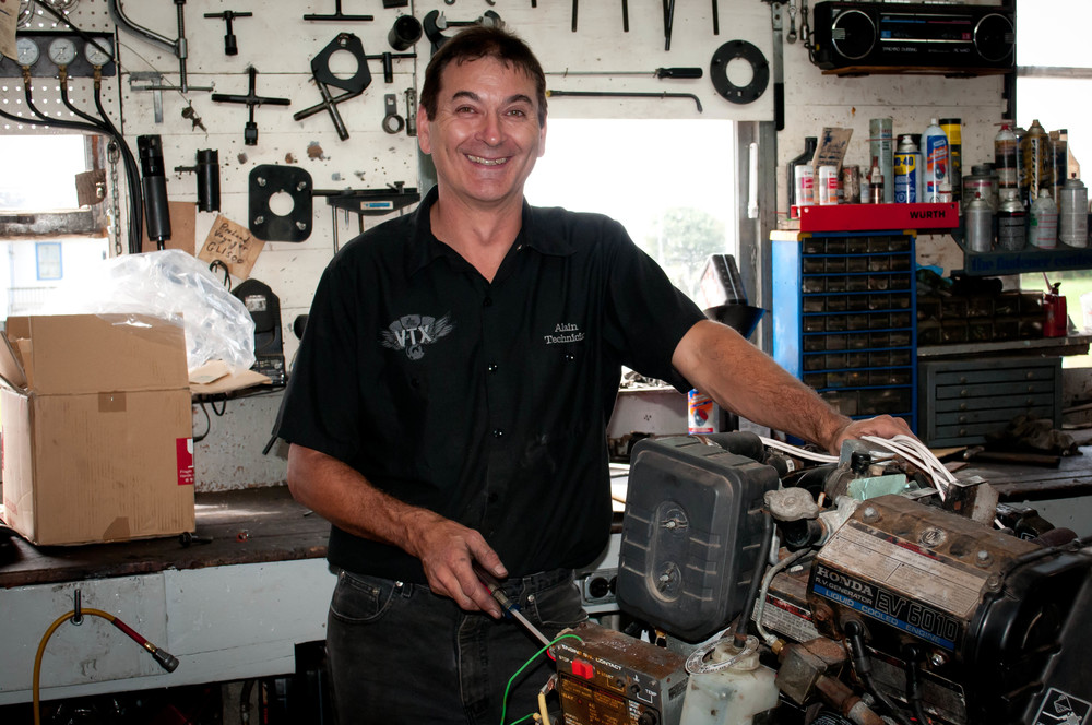 Alain Stuart (Mechanic)