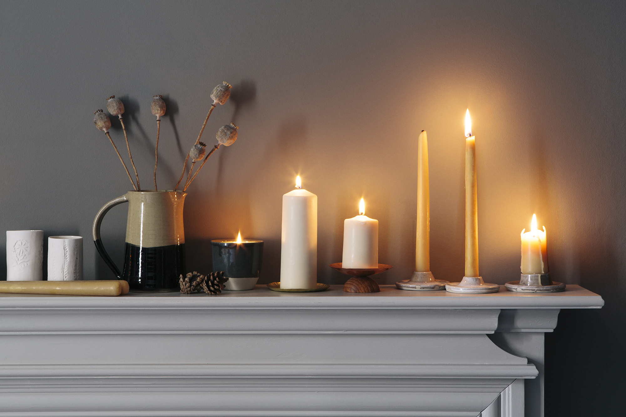 Aerende candle glow credit www.annaandtam.com.jpg