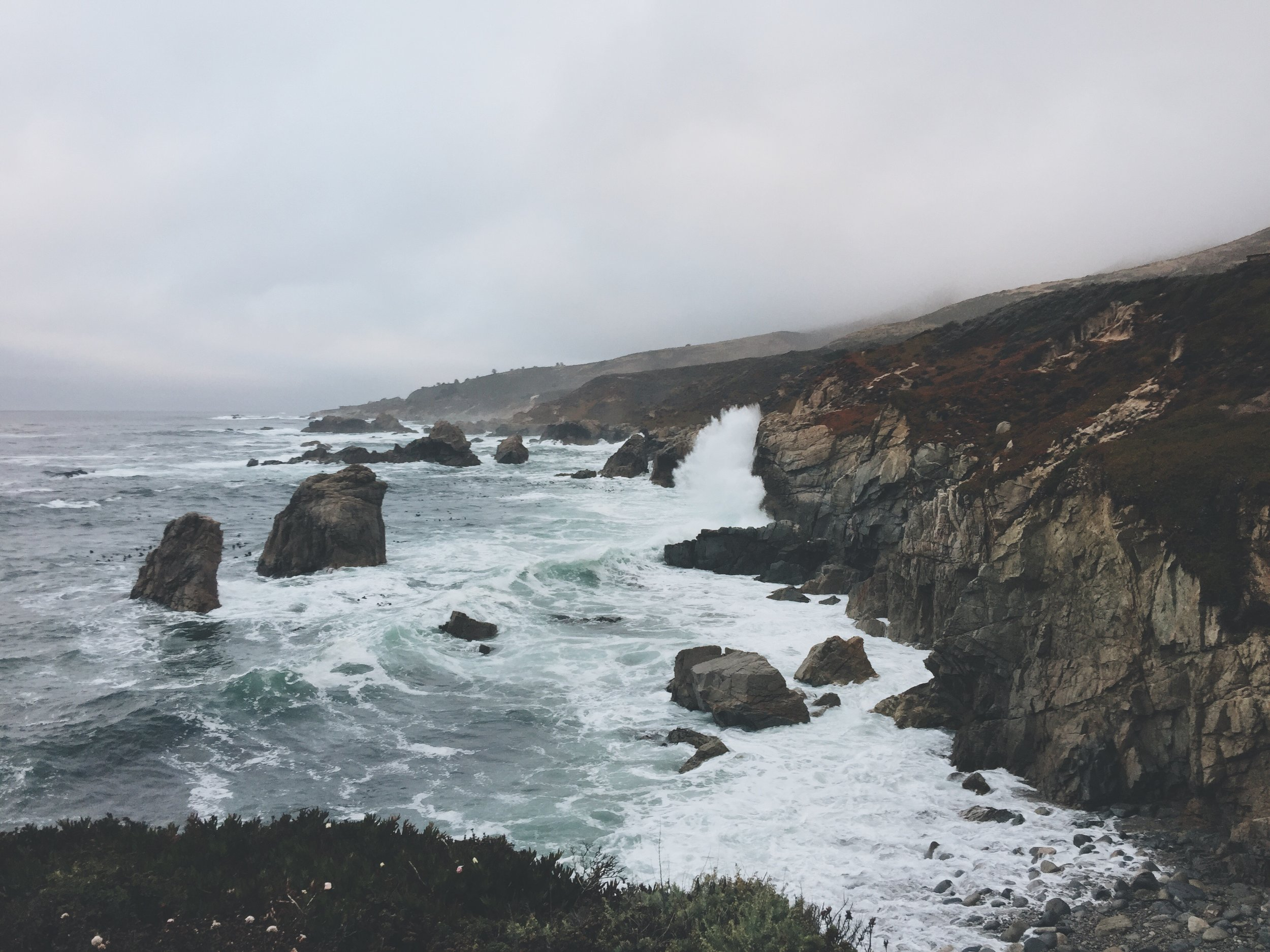 Garrapata Bluff Trail Tide coming in Big Sur California photo by Ricky Stephens of A Modern Villain