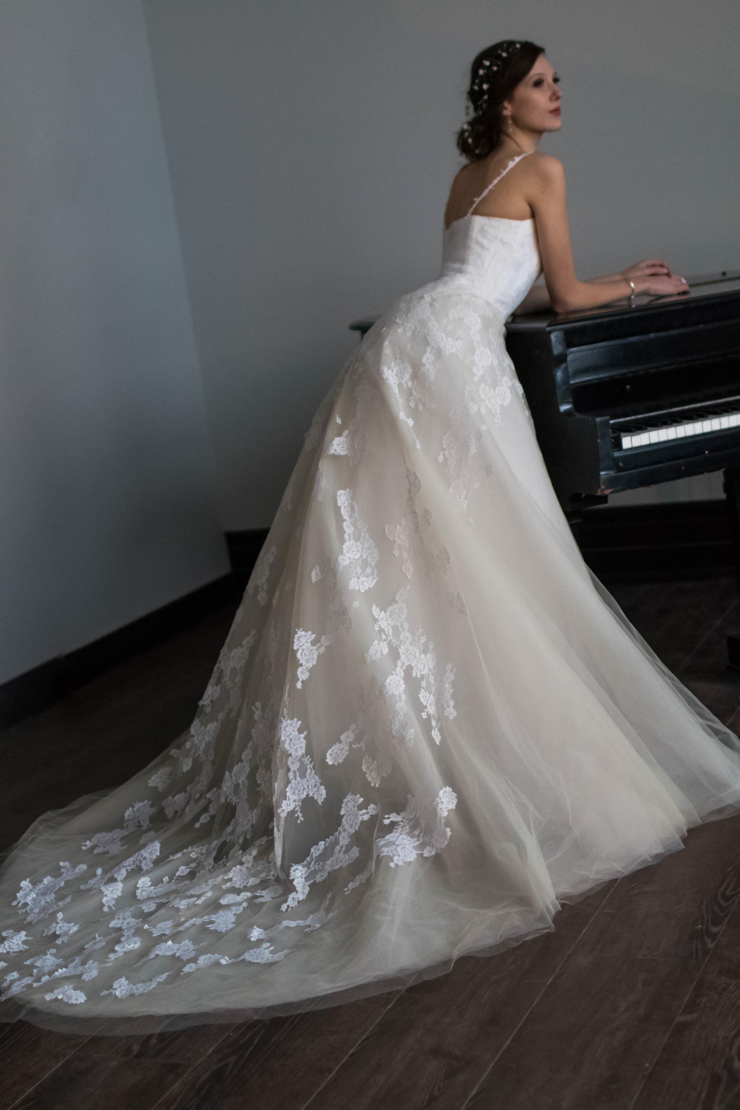 bridal makeup and hairstyle promakeupbynatasha.jpg