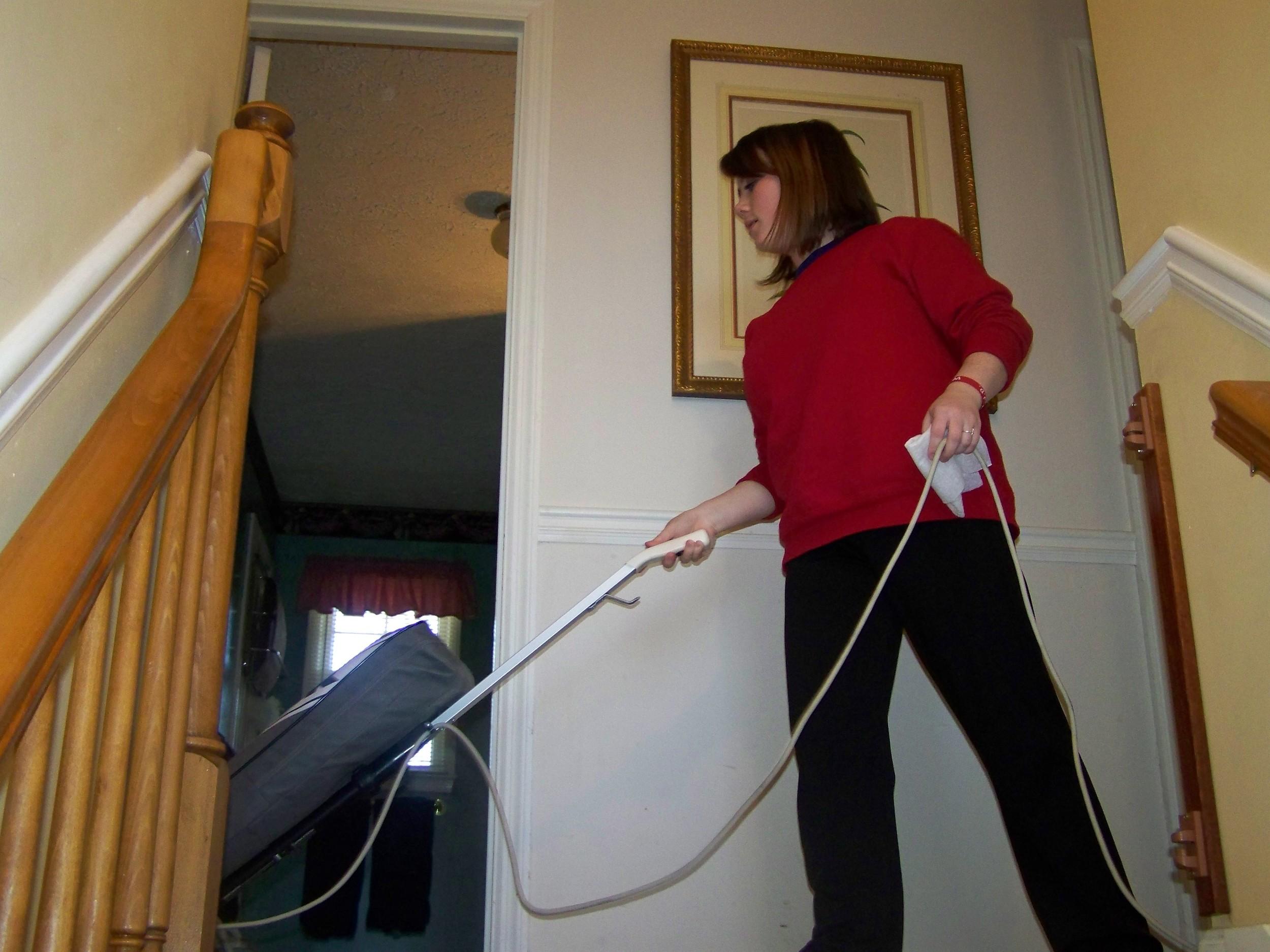 04 Vacuuming 100_8819.JPG