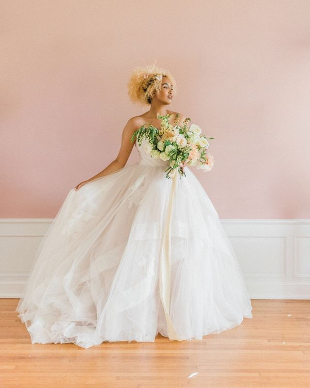 One more from this lovely pink wall and even lovelier lady + gown + bouquet. ⠀⠀⠀⠀⠀⠀⠀⠀⠀ ⠀⠀⠀⠀⠀⠀⠀⠀⠀ Photography: @ashleydphotos ⠀⠀⠀⠀⠀⠀⠀⠀⠀ Venue: @bryndumansion ⠀⠀⠀⠀⠀⠀⠀⠀⠀ Florals: @oldslatefarm ⠀⠀⠀⠀⠀⠀⠀⠀⠀ Gowns: @whiteofdublin @luxereduxbridal Gown Designers: @galialahav @kellyfaetanini @justinalexander⠀⠀⠀⠀⠀⠀⠀⠀⠀ Ribbons & Runners: @thelesserbear ⠀⠀⠀⠀⠀⠀⠀⠀⠀ Butterflies: @kates.cottage ⠀⠀⠀⠀⠀⠀⠀⠀⠀ Paper: @birdhausco ⠀⠀⠀⠀⠀⠀⠀⠀⠀ Cake: @cakesbykatbakeshop  #engaged #justengaged #ohiobride #ohioweddings #columbuswedding #columbusweddings #engaged2019 #weddingvendor #paperlove #styledshoot #womenowned #printdesign #design #theknot #theknotohio #weddingwire #ohtheheart #wedohio #bespoketone