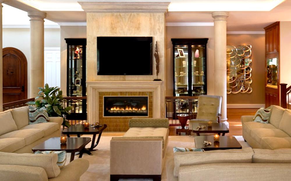 Pasadena California Residence - Living room adjacent to entry alcove above.