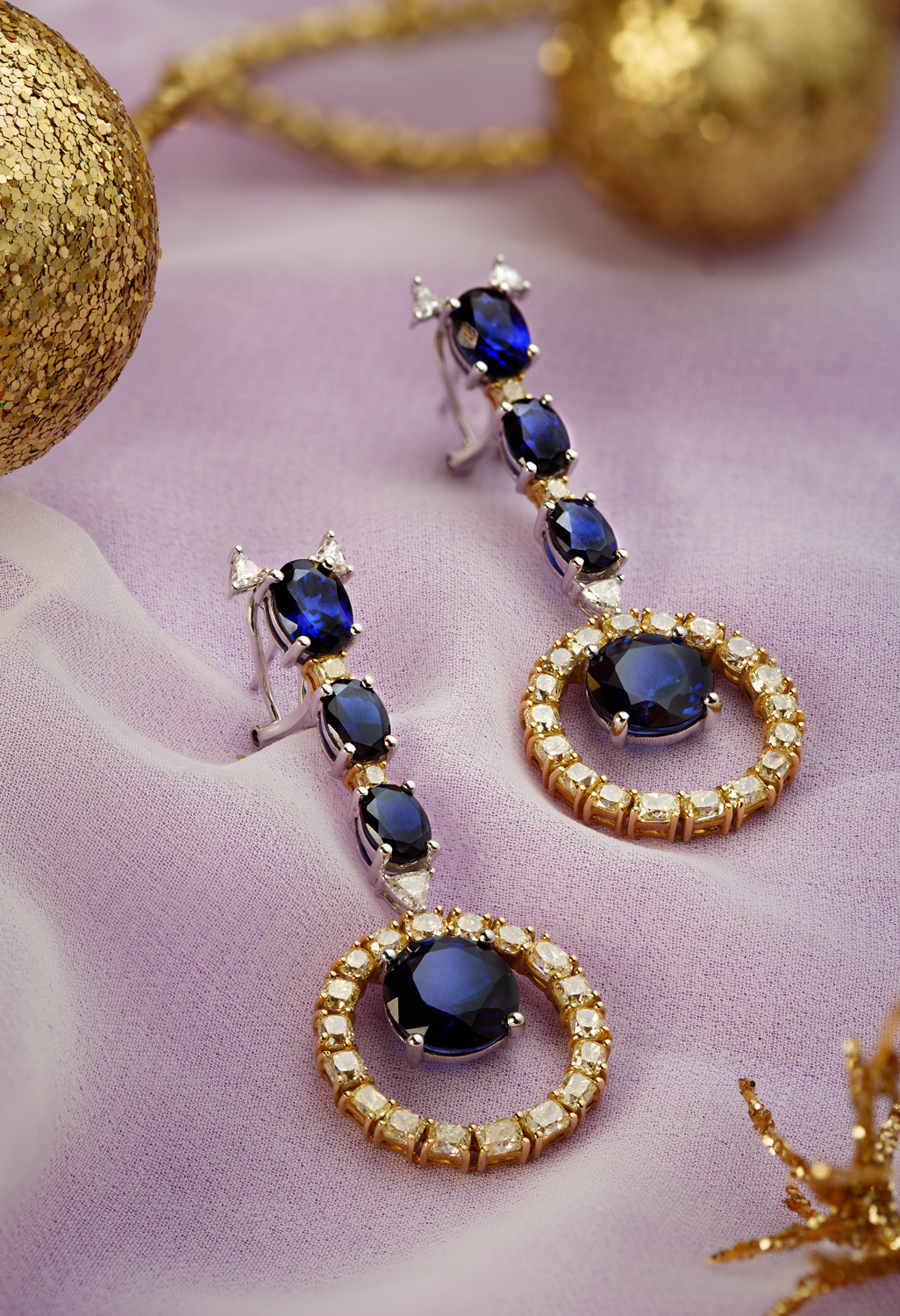 Avrohom_Perl_Commercial_Photography_earings_1.jpg