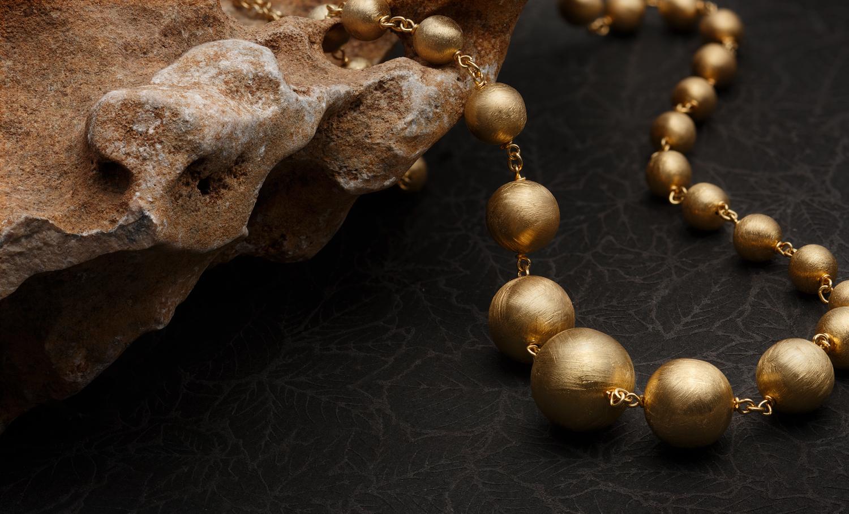 Avrohom_Perl_Photography_Jewelry_Unico (10).jpg