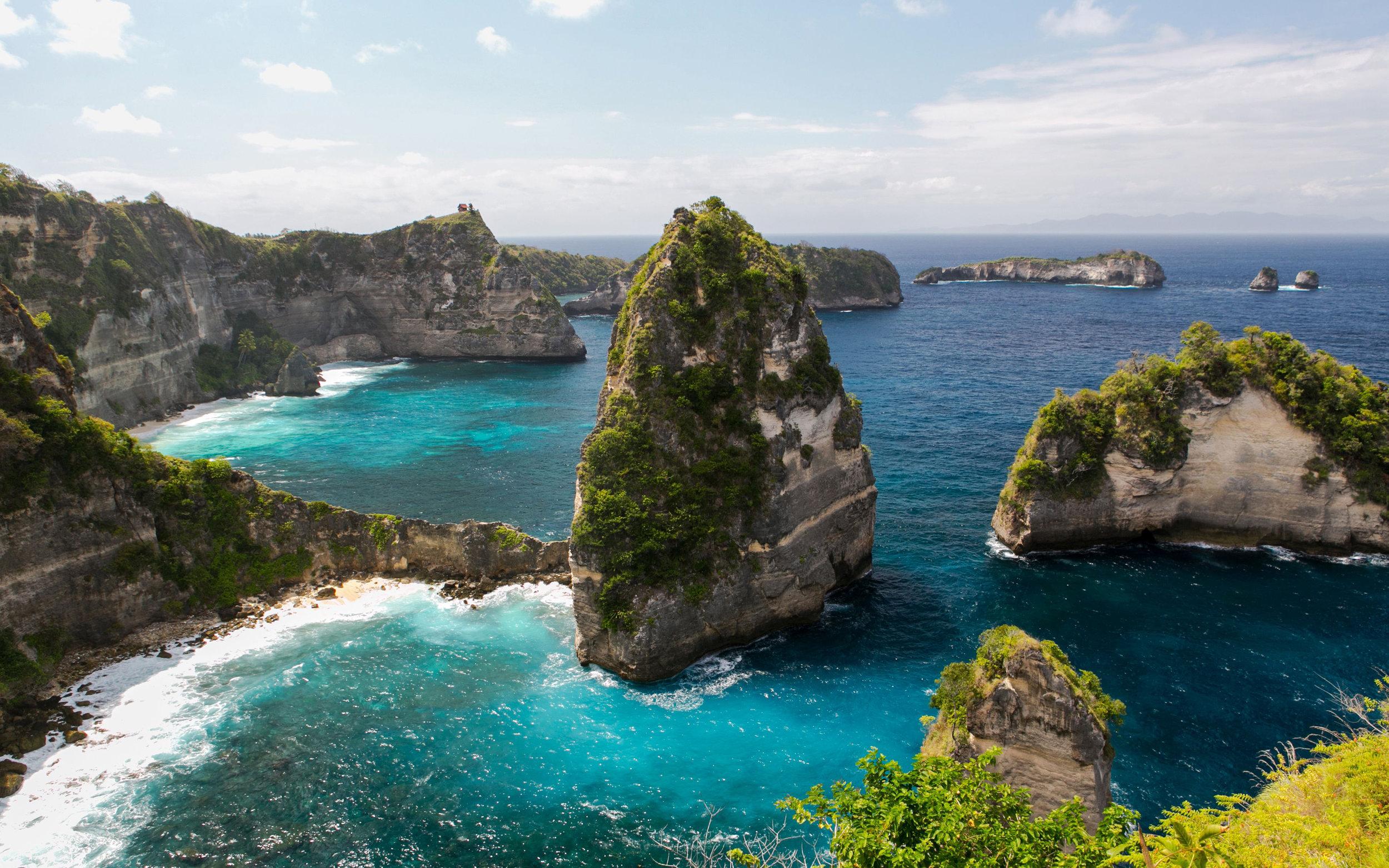 nusa-penida-island-4k-coast-sea-tropics.jpg
