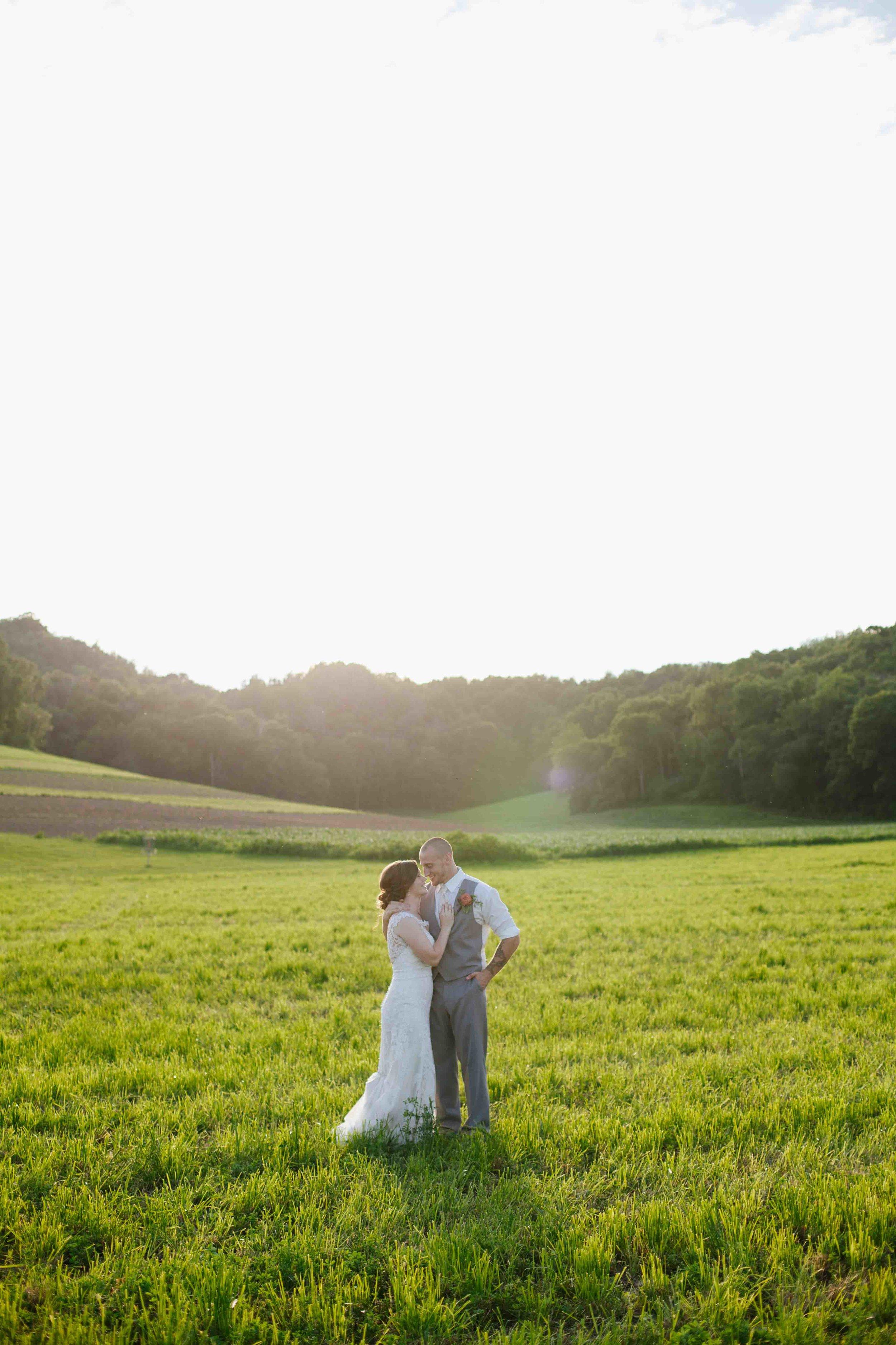 wisconsin barn wedding justin trails resort sparta wi wedding photographer